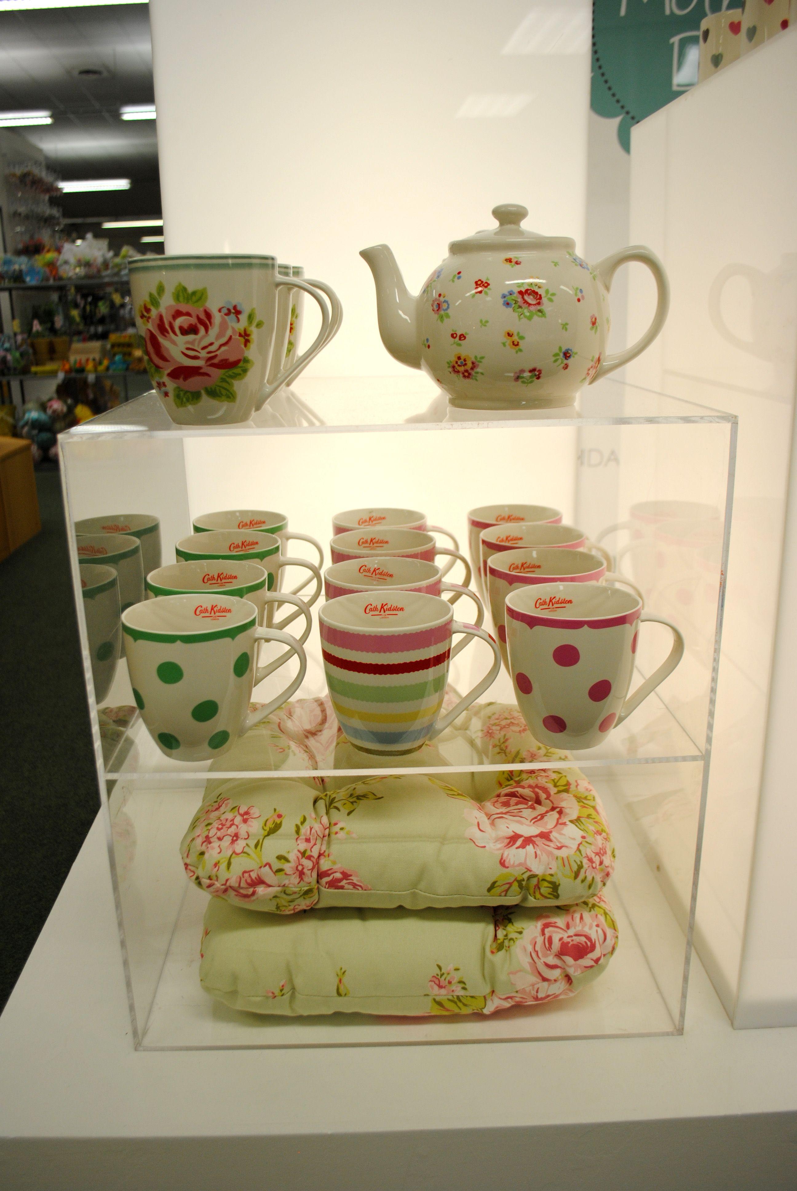 // display // visual merchandising // mothers day display // 2012 // cath kidston mugs // teapot