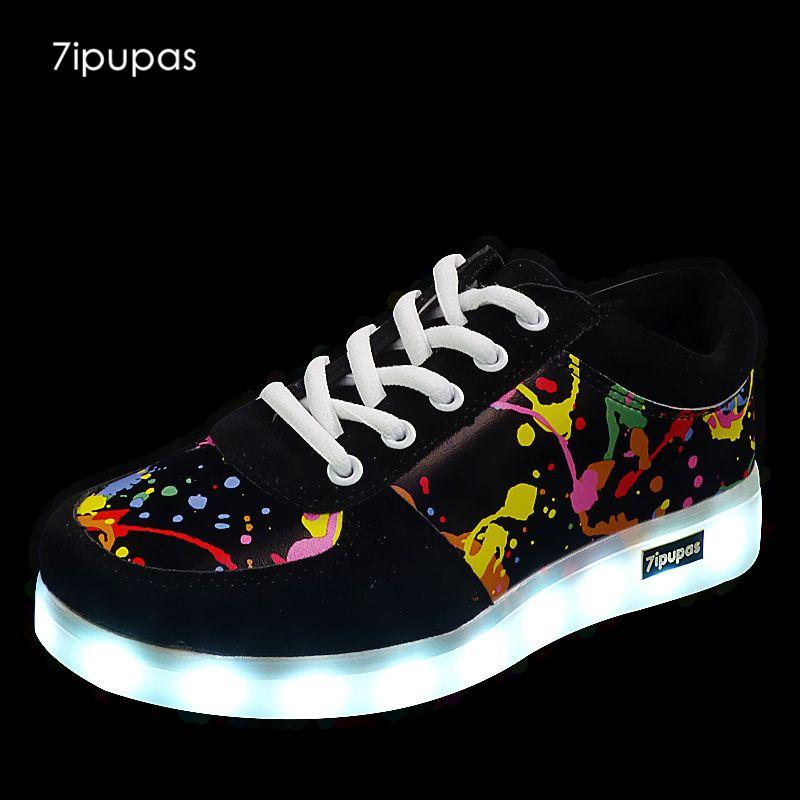 Chaussures Femmes Mode New lumineux lumières LED de haute qualité Charge chaussures colorées Chaussures Flash Casual USB m3VaolsrQ