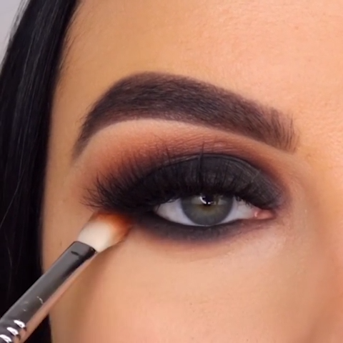 Photo of BLACK MATTE EYE MAKEUP TUTORIAL
