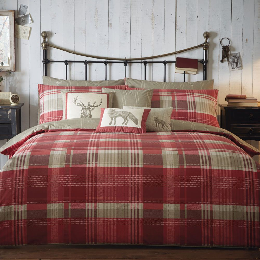 100 Warm Brushed Cotton Duvet Cover With Tartan Check Stag Design Red