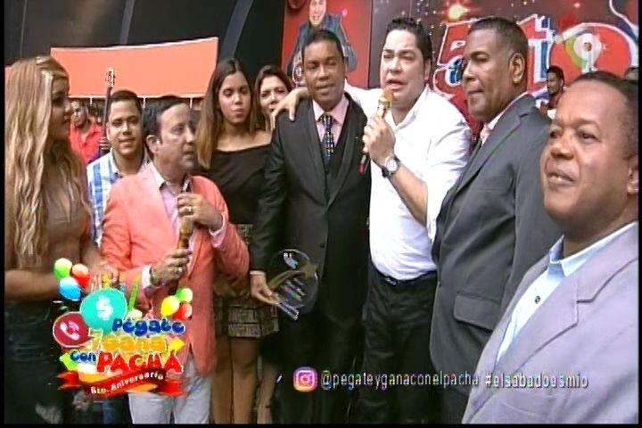 Reconocimiento Una Estrella Por Siempre Al Sr. Ramon Álvarez En Pégate Y Gana Con El Pachá