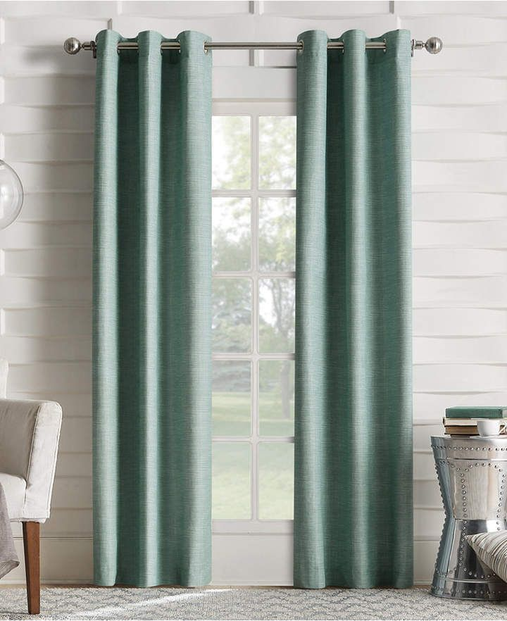 "Sun Zero CLOSEOUT! Oscar 40"" X 84"" Thermal Lined Grommet"