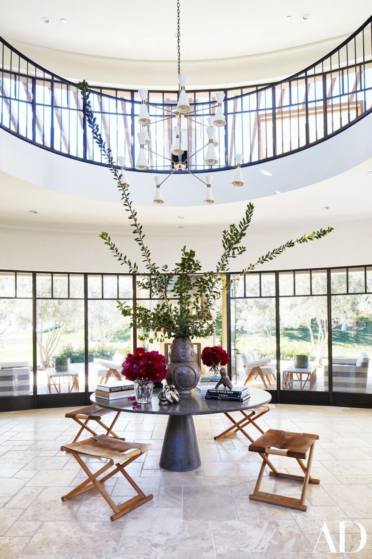 Inside Kourtney Kardashian\'s Stunning Family Home in California ...