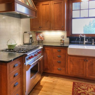 Images Of Farmhouse Kitchens With Cherry Cabinets Google Search Brown Kitchen Cabinets Cherry Cabinets Kitchen Craftsman Kitchen