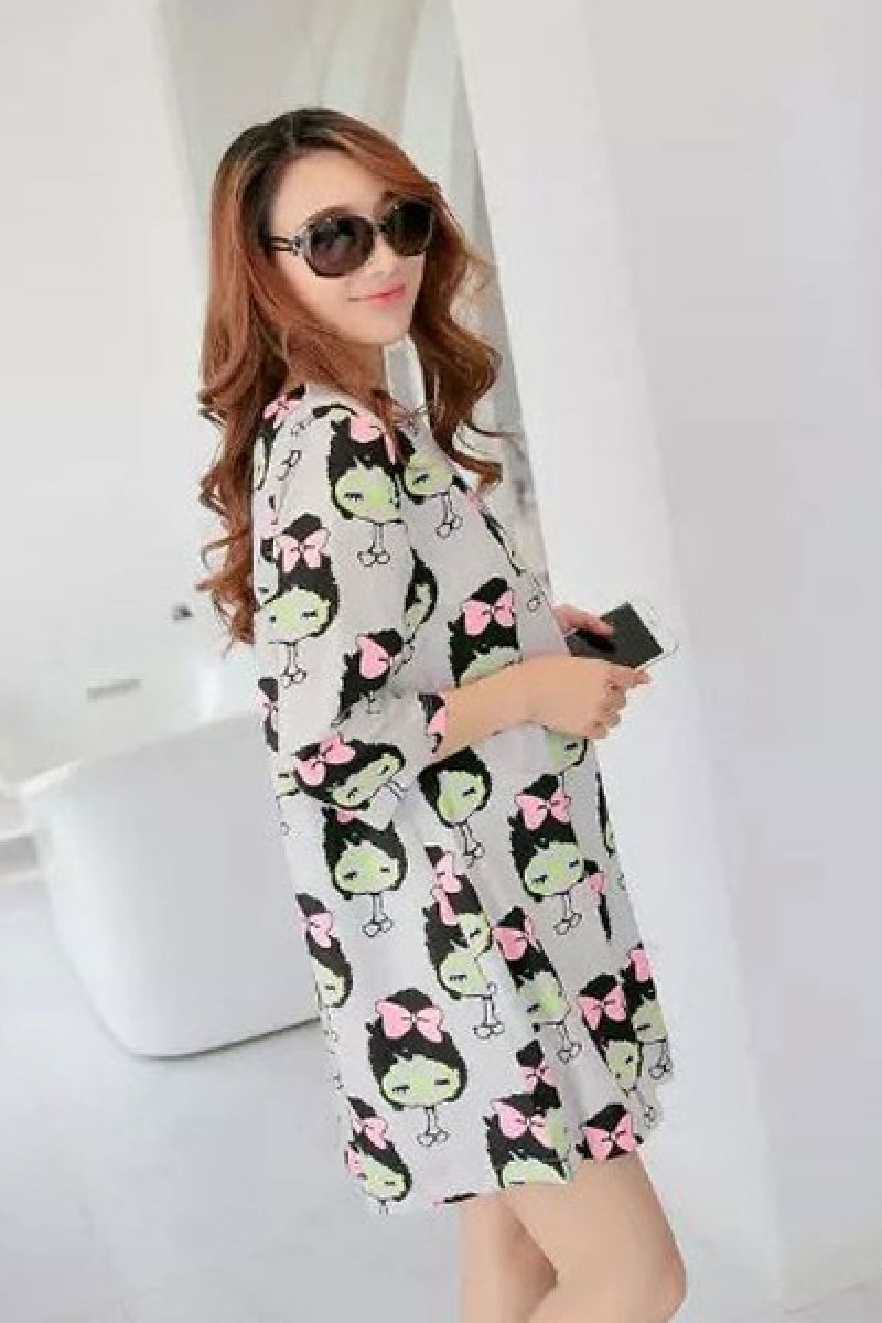 Womenus lovely oneck print above knee long sleeve aline dress in