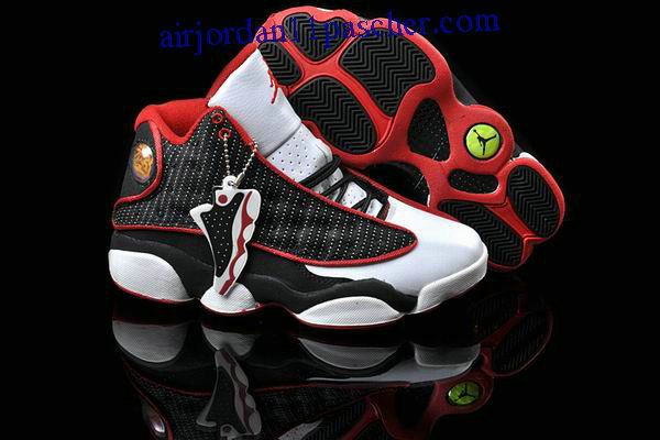 purchase cheap cda79 d7337 Femmes Air Jordan 13 Blanc Rouge Noir Chaussures