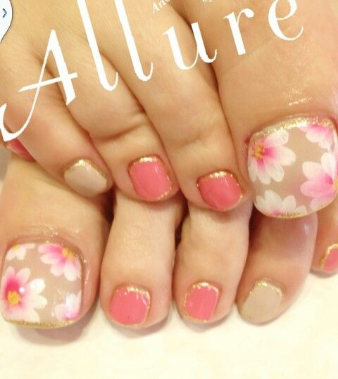 pretty flowers nail art toes