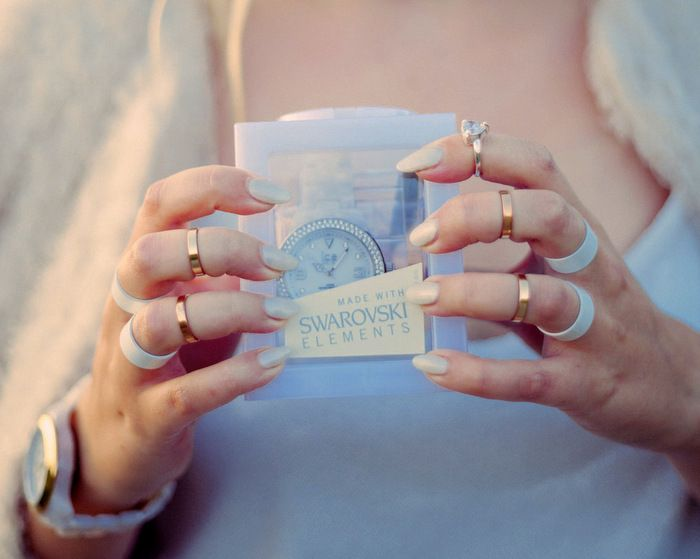 Tulkaahan osallistumaan mahtavaan arvontaan, jossa palkintona on kuvassa näkyvä upea Ice Watch kello! :)  http://lifeisbeautifuland.blogspot.fi/2014/0