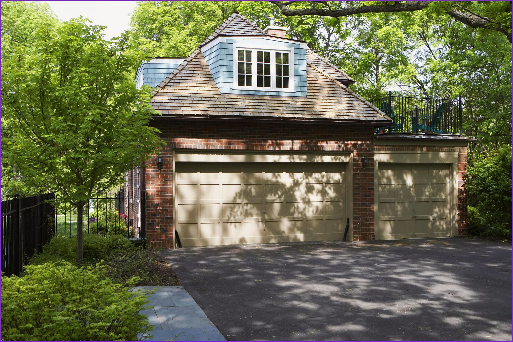 Awesome Carriage House Plans Cost To Build Carriage House Garage Courtyard House Plans Garage Plans Detached