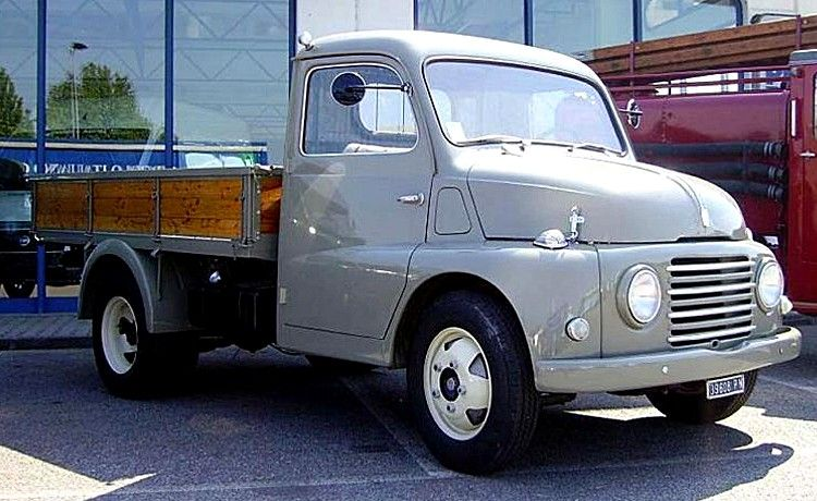 fiat 615 v hicule utilitaire de 1951 la fiat 615 cet ancien v hicule utilitaire camion fiat. Black Bedroom Furniture Sets. Home Design Ideas