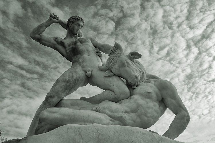 Étienne-Jules Ramey (1796-1856) | Thésée combattant le Minotaure | Jardin des Tuileries | Paris (France)
