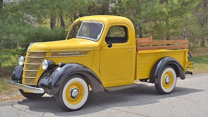 1940 International D 2 Pickup Offered For Auction 1838957 Classic Trucks Classic Pickup Trucks Pickup Trucks