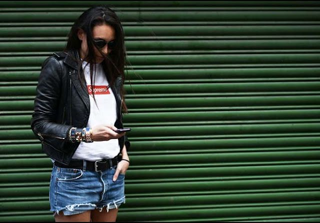 Fashion Shows- Street Style