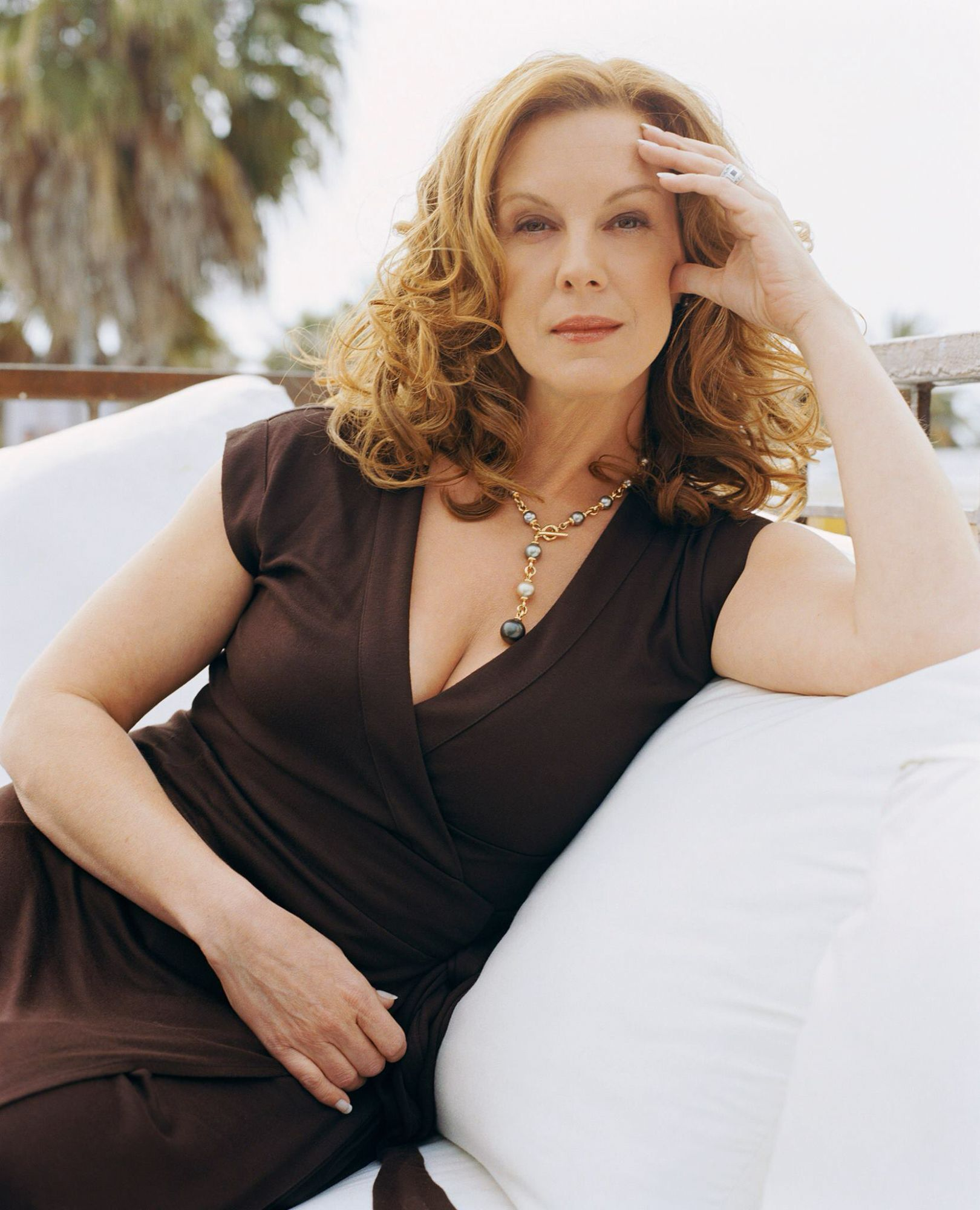 Elizabeth Perkins Elizabeth Perkins Fashion Women