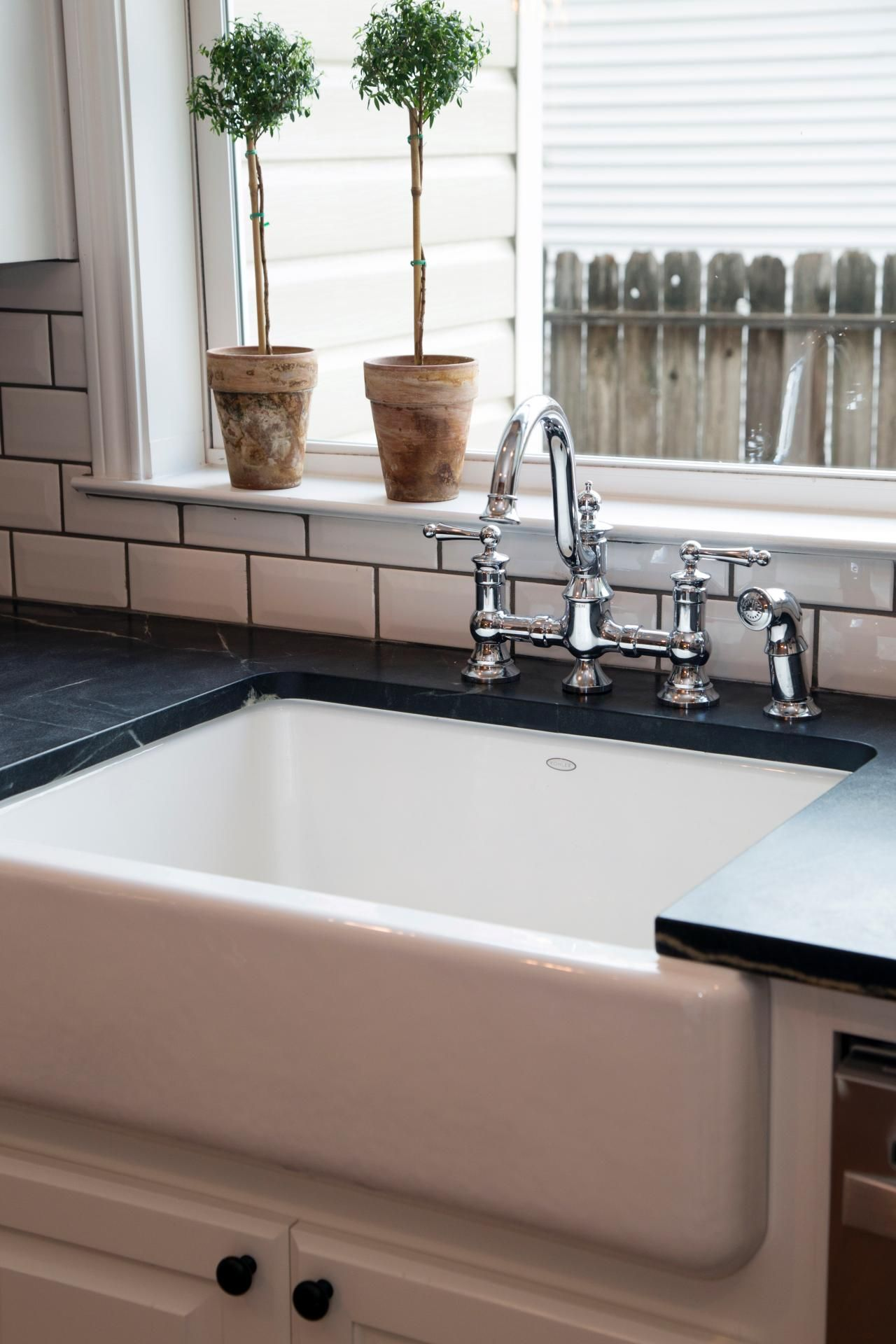Fixer upper kitchen sink - A 1940s Vintage Fixer Upper For First Time Homebuyers