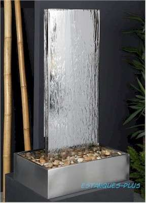 Fotos de cascadas muros llorones espejos de agua cortinas for Cascadas artificiales modernas