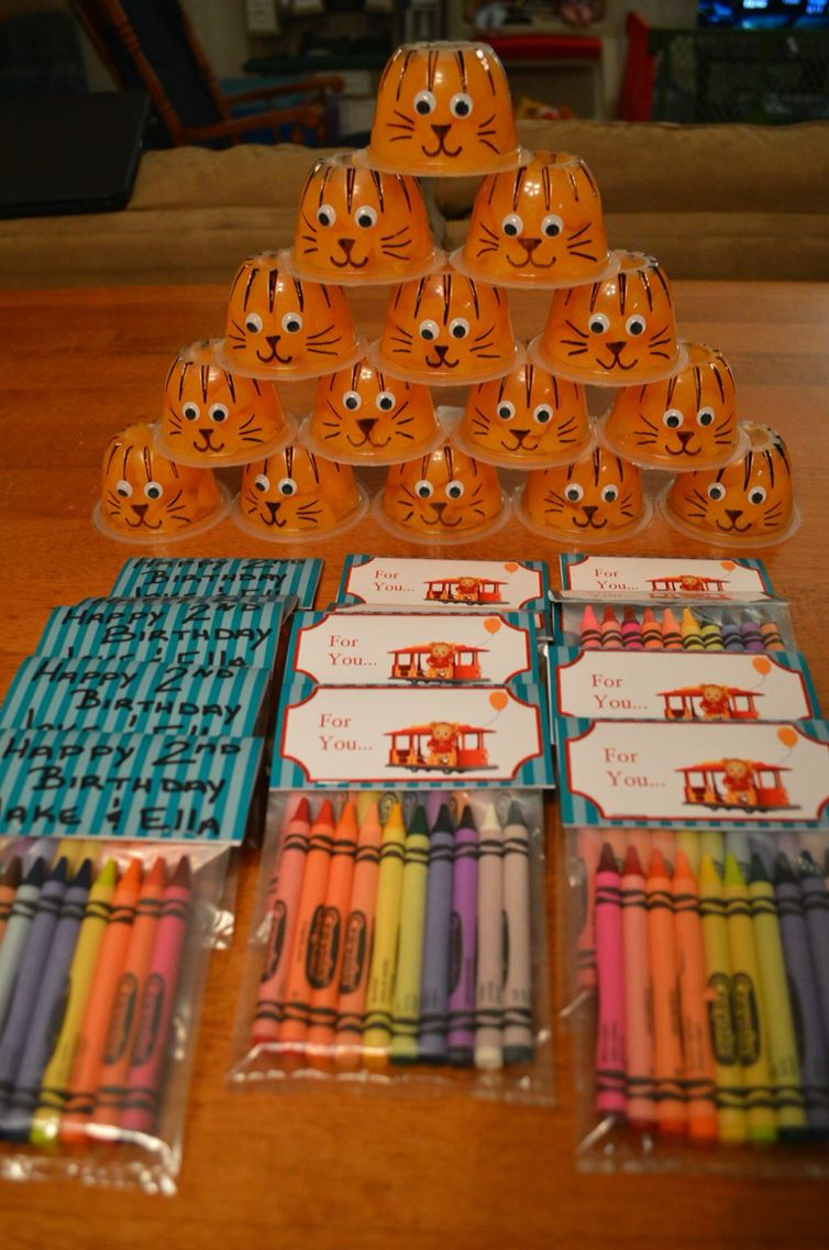 Daniel Tiger S Neighborhood Party Favors I Got The Template And Idea From The Pbs Webs Daniel Tiger Birthday Party Tiger Birthday Party Daniel Tiger Birthday