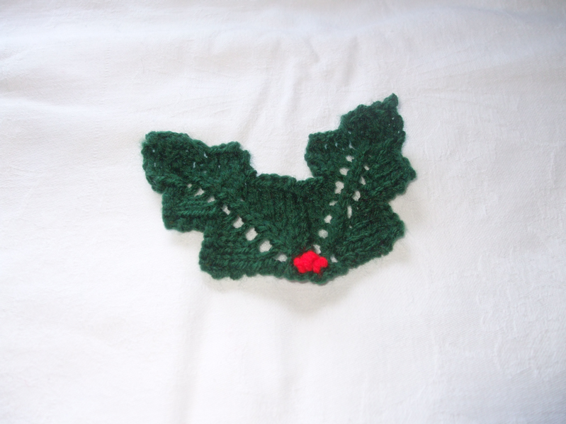 Knitted Holly Free Pattern - Lesley Arnold-Hopkins | knitting ...