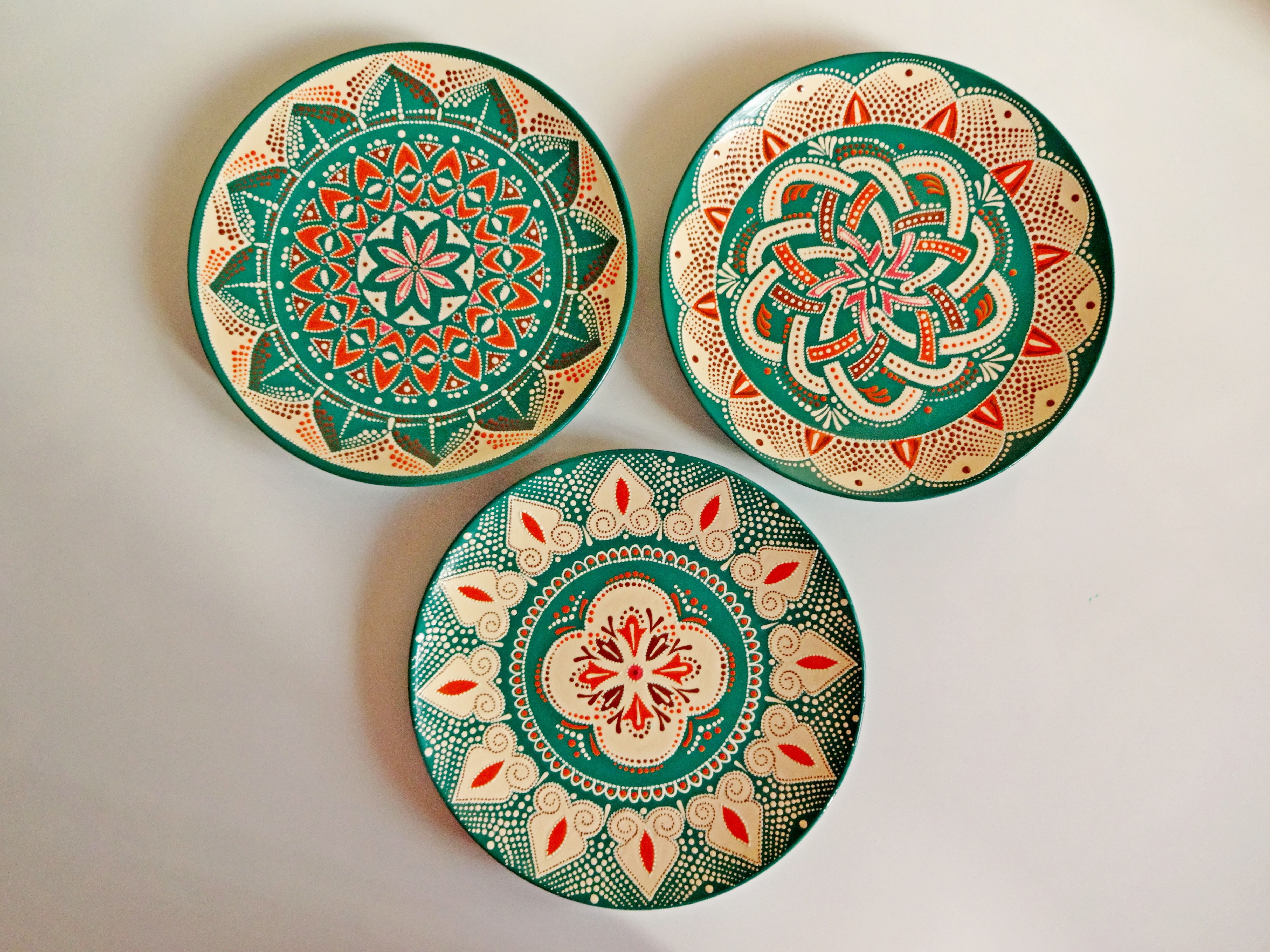 Set Of Decorative Plates For Hanging Mandala Plates Colorful Etsy In 2021 Hand Painted Plates Decorative Plates Colorful Plate