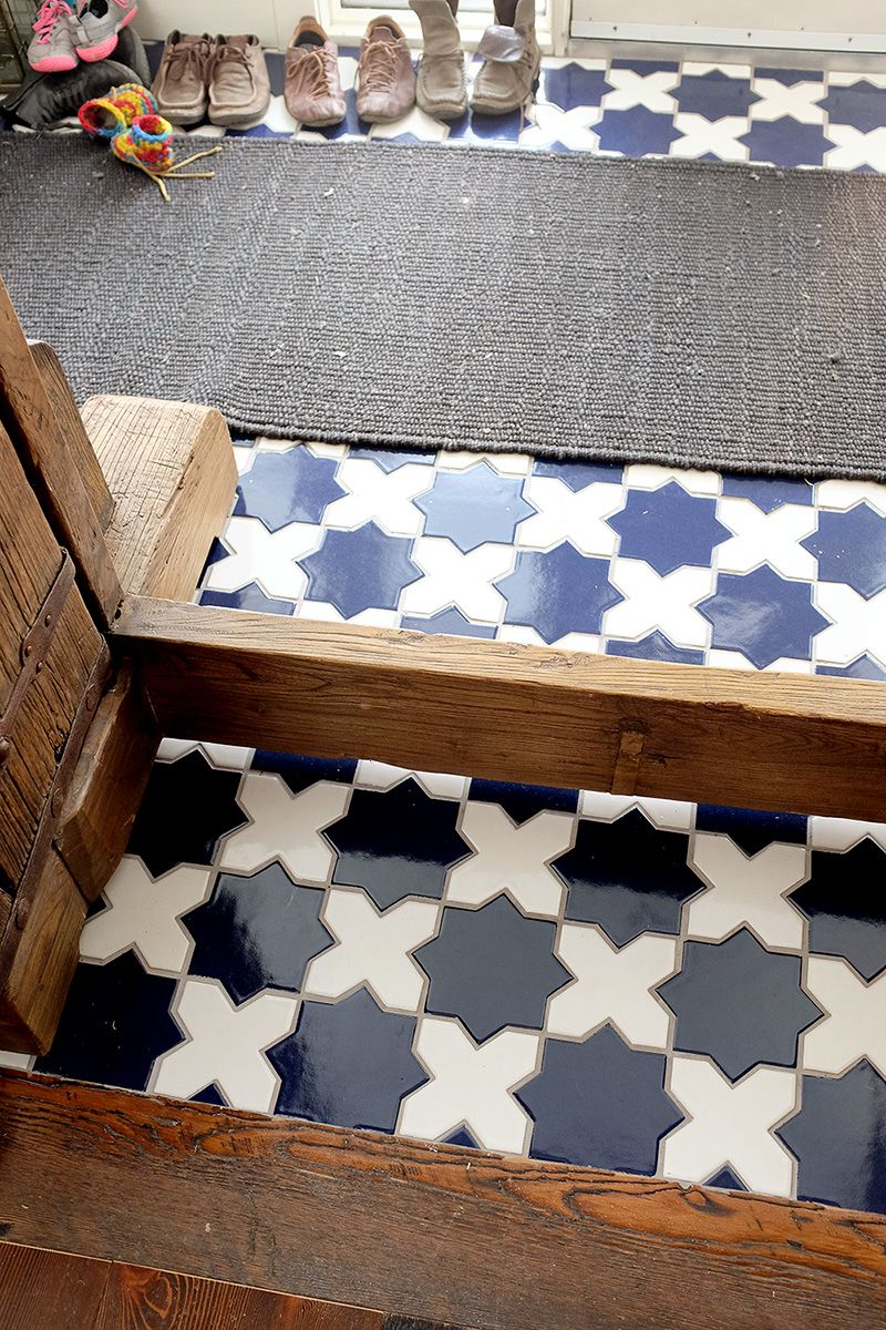 Star and cross moroccan tile pattern bold yet classic who doesnt love