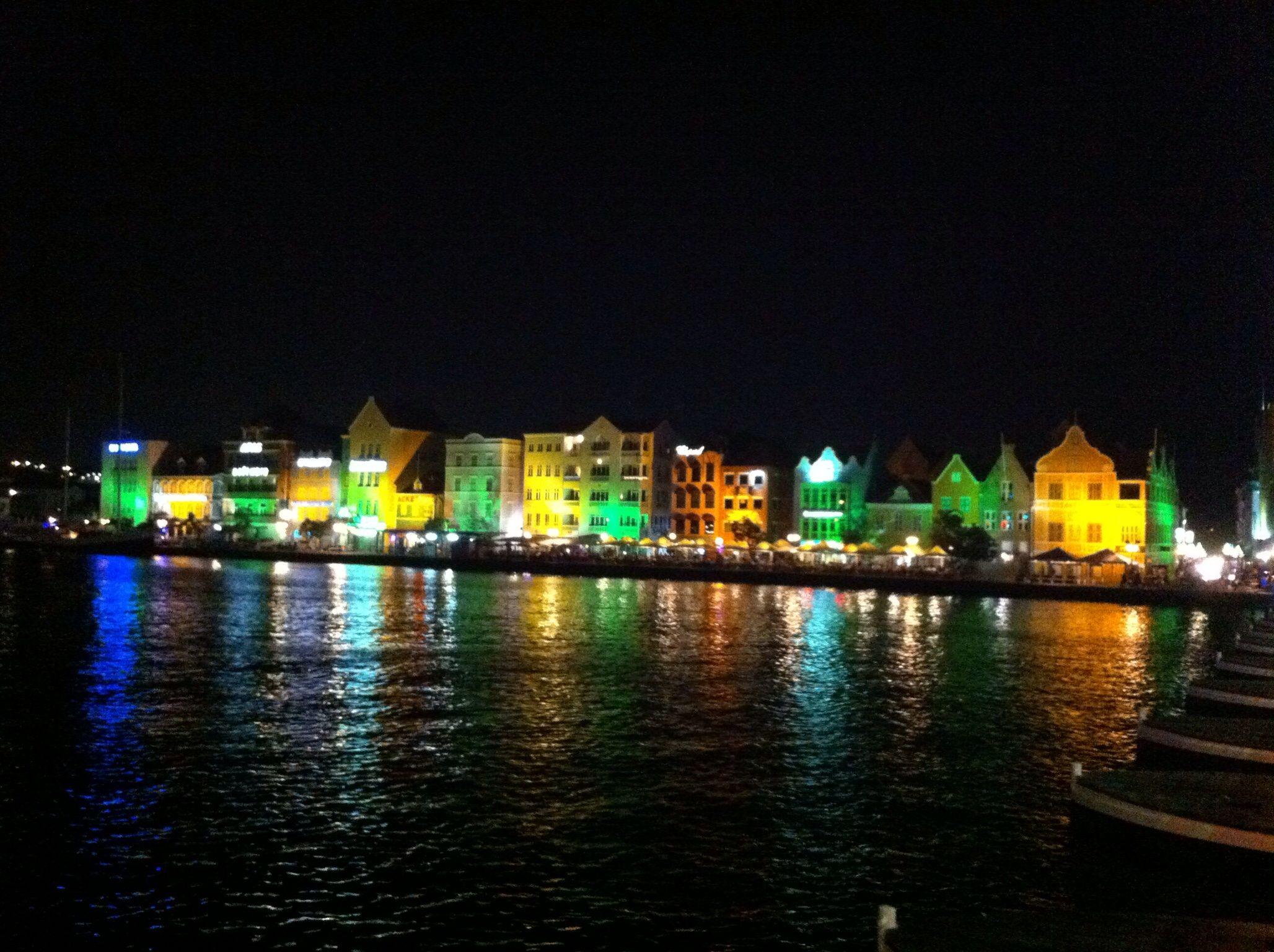 Curaçao at night.