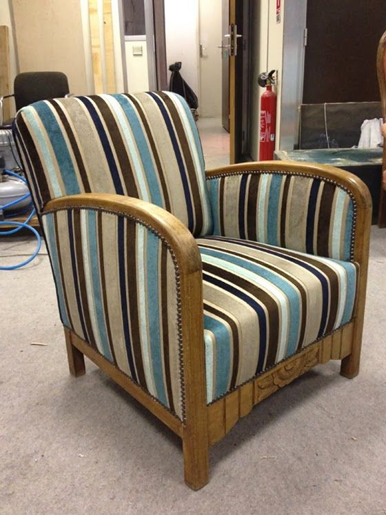 l 39 atelier de la marquise fauteuil club 30 39 s tapisserie. Black Bedroom Furniture Sets. Home Design Ideas