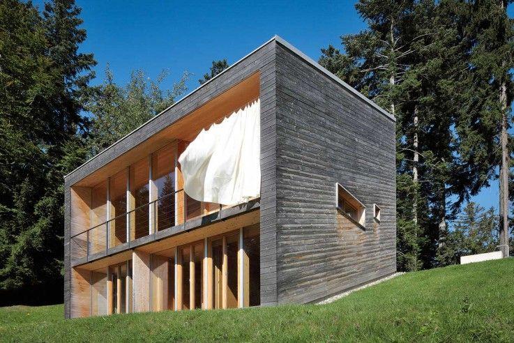 Low Budget Minimalist House Architecture benedikt bosch ein wochenendhaus brettverschalung | houses | low