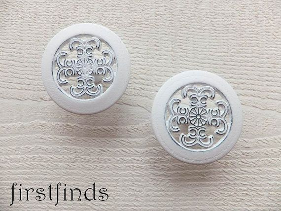 4 White Knobs Kitchen Cabinet Pulls Filigree by Firstfinds on Etsy ...