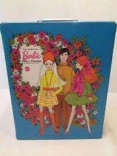 Vintage 1969 Barbie World of Barbie Doll Trunk Case Excellent Condition Blue