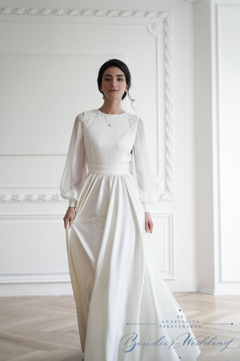 Simple Wedding Dress Minimalist Wedding Dress Long Sleeve Etsy In 2020 Wedding Dress Long Sleeve Muslim Fashion Dress Plain Wedding Dress
