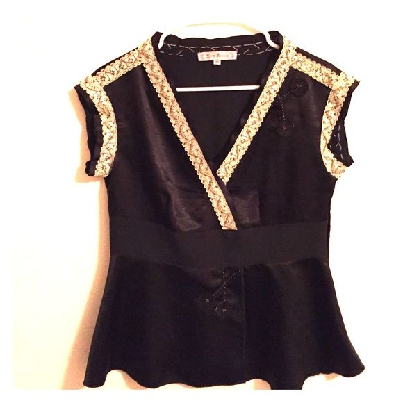 Young Essence blouse Gorgeous work day or date night black blouse. Young Essence Tops Blouses