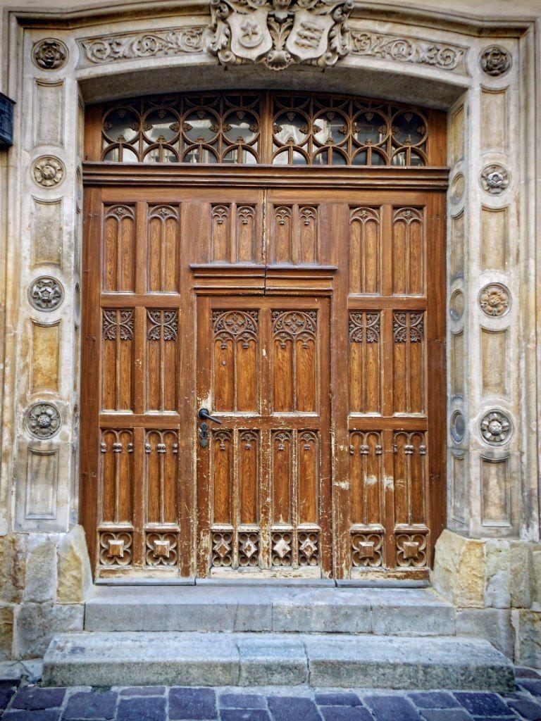 Old door Окно, Двери и Кракен