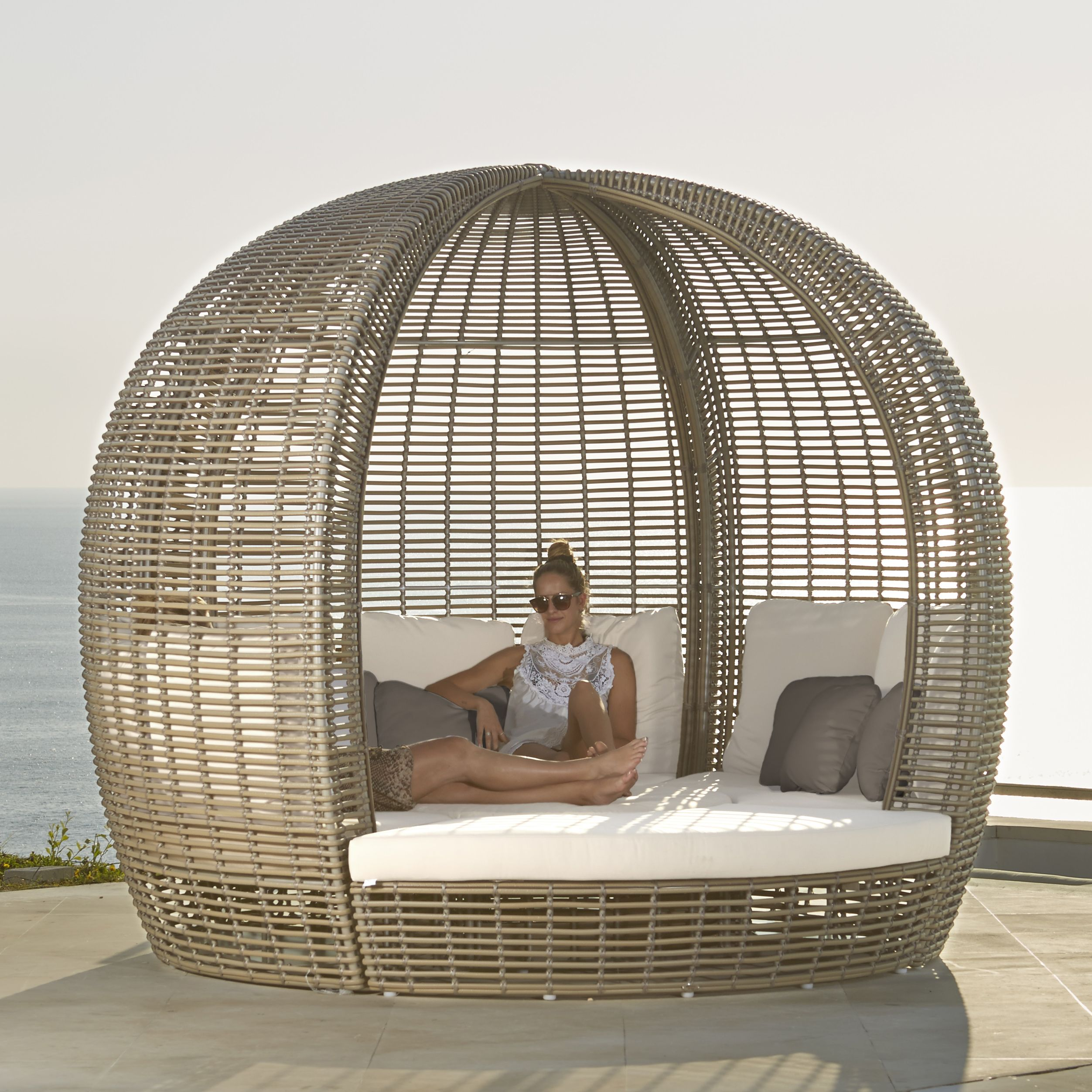 Halo Kubu Daybed From Skyline Design Home Decor Interior And  # Salon De Jardin Spartan