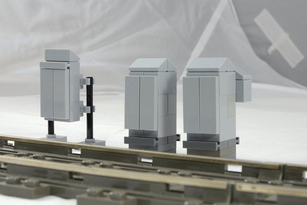https://flic.kr/p/efcfS7 | Relay Cabinets | These are a selection of a few relay cabinet MOCs which will populate the lineside in and around the yard and running lines.