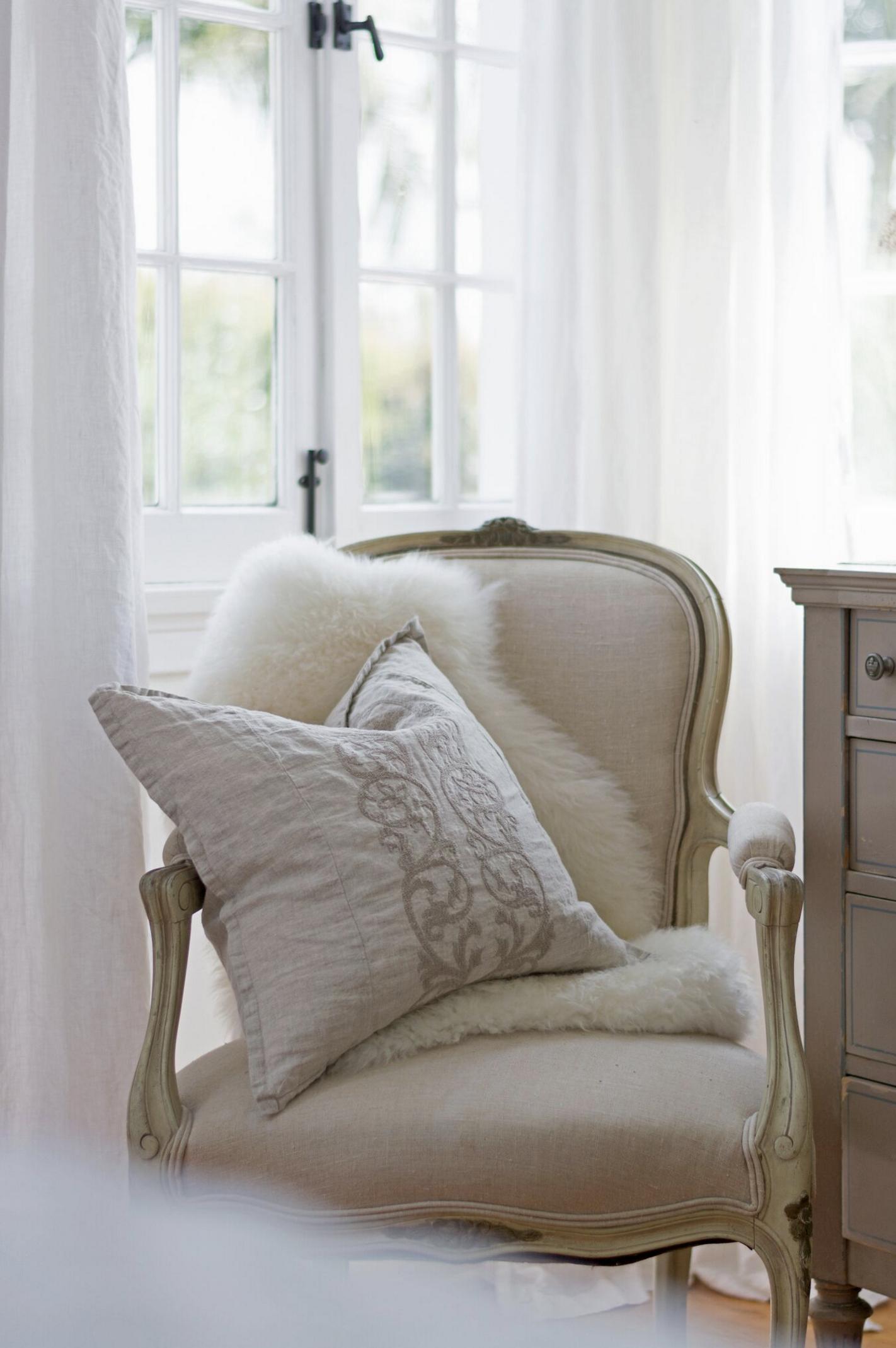 Pom Pom At Home Pillows Linen Interior Design With Images Home Home Accessories Interior Design