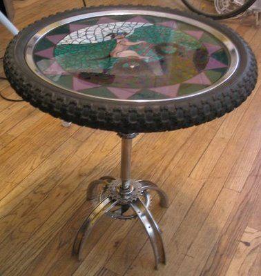 Artesanato com pneus de bicicleta