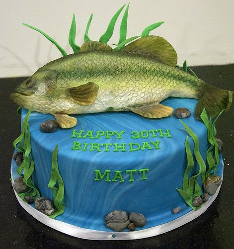 BC4118 bass fish birthday cake toronto Fishing cakes Cake and Bass