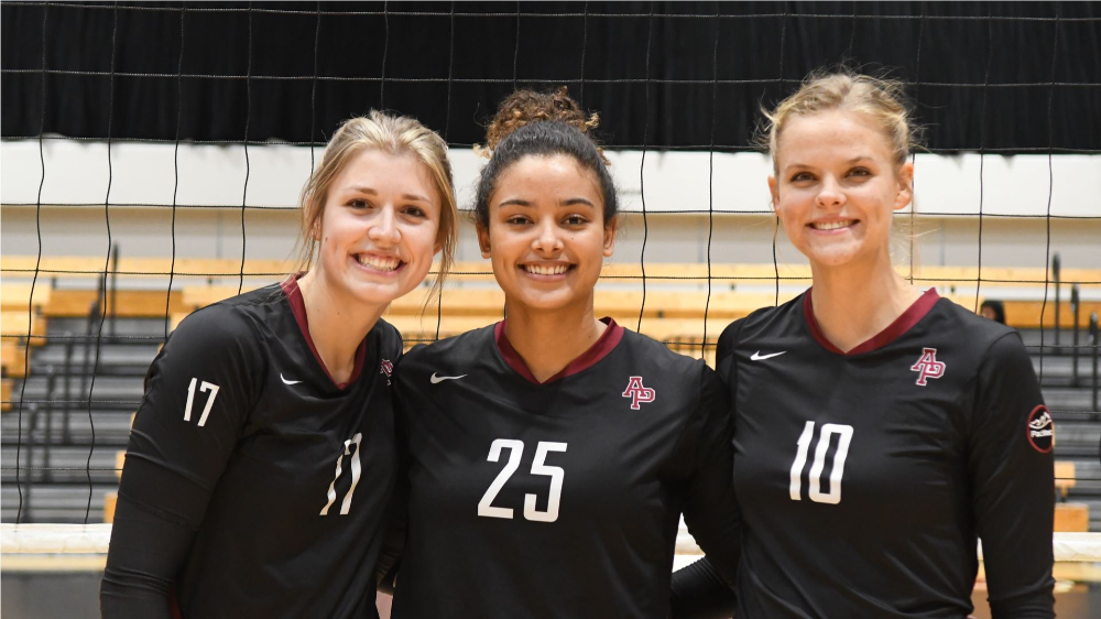 Seniors Steal The Show Azusa Pacific University Athletics Azusa Pacific Azusa Pacific University Azusa