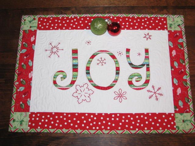 Christmas Quilted Table Runner \