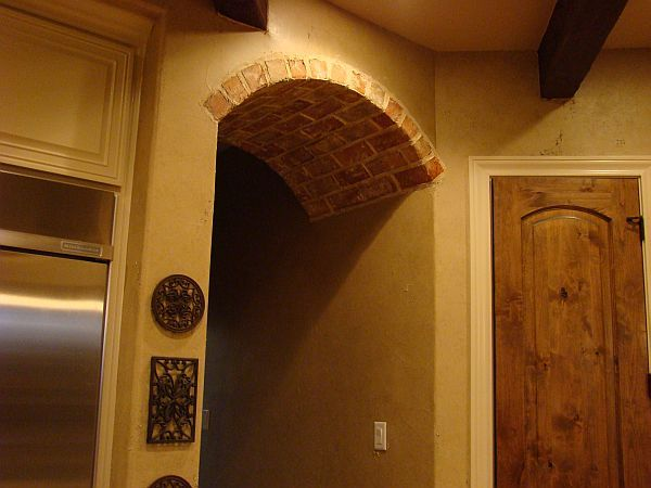 Faux brick arch farm house project pinterest brick - Archway designs for interior walls ...