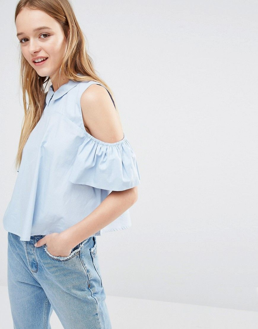 d3f55529286d4 Pin for Later  Jourdan Dunn s Simple Summer Look Is Super Stylish Neon Rose  Cold Shoulder Top With Ruffle Sleeves and Collar Detail Neon Rose Cold  Shoulder ...