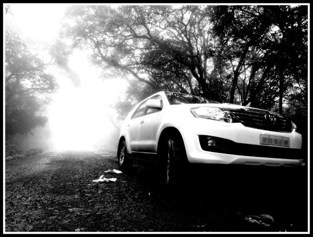 New 2012 Toyota Fortuner Black And White Wallpaper Black And White Wallpaper Black And White Photography Black And White Photographs
