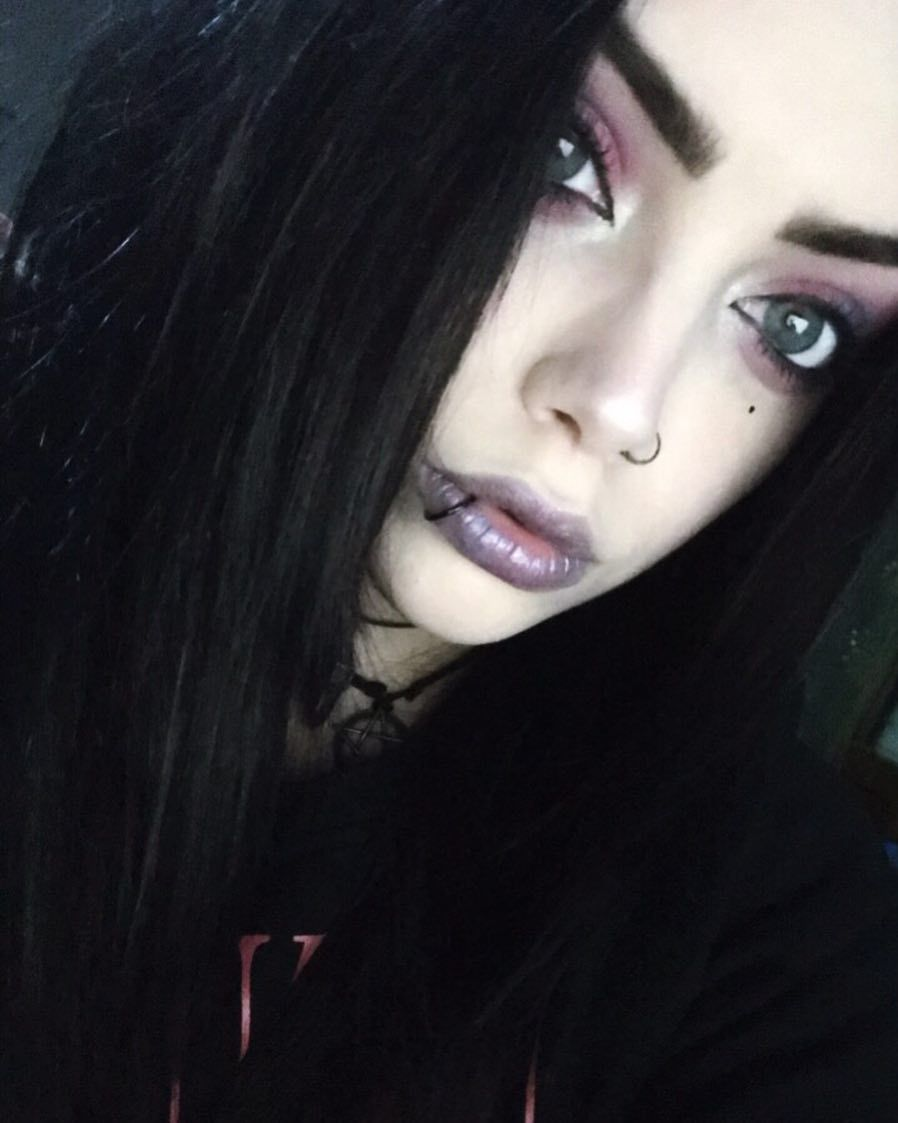 Xhillsx emo emogirl piercing alternative alternativegirl
