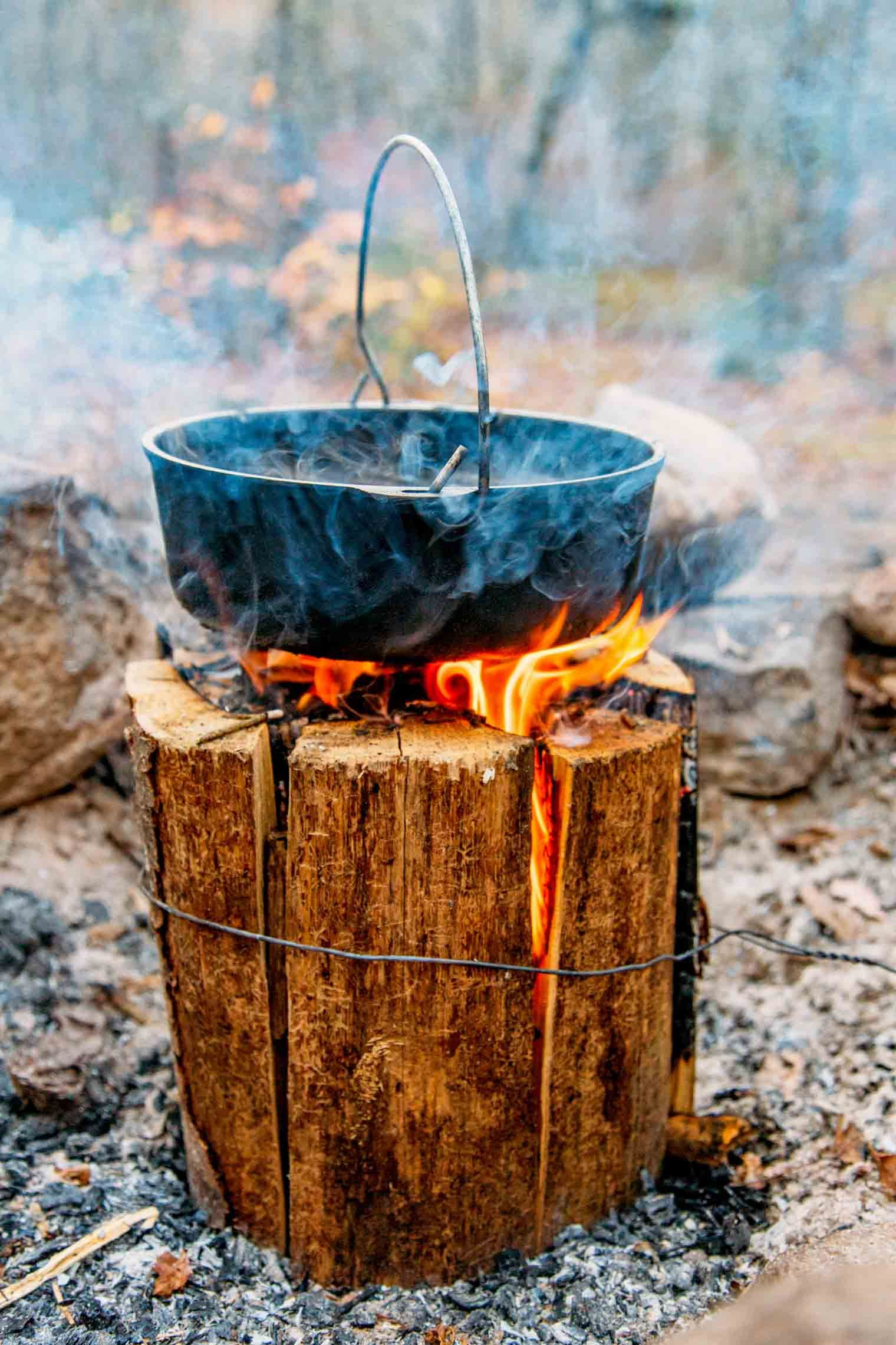 How to Make a Swedish Fire Log #campfire