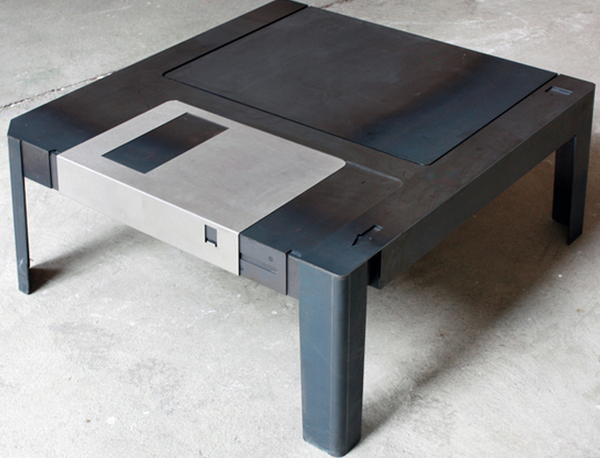 For 930 you can own a table that looks like a giant for Centro de diseno colombia hogar