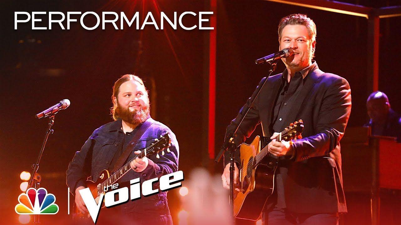 Chris Kroeze And Blake Shelton Sing Two More Bottles Of Wine The Voi The Voice Singing Blake Shelton