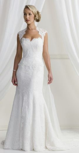 Wedding Dresses For Short Curvy Brides Google Search