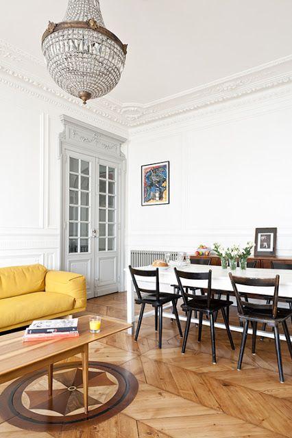 Appartement ancien r nov dans un style contemporain architecture vintage et jaune - Appartement moderne ancien hopital ...