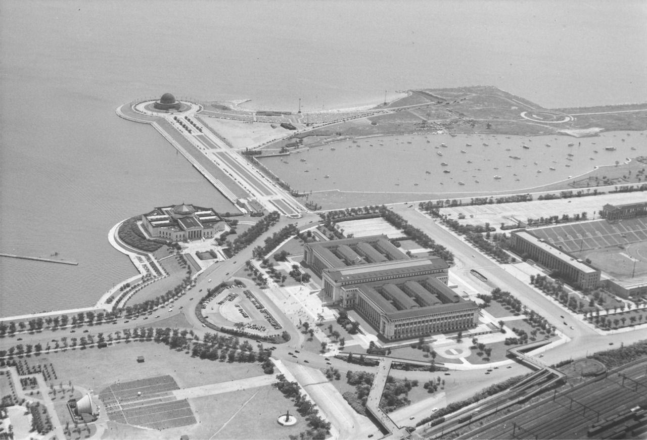 Here S An Aerial View Of Chicago S Museum Campus In 1947 You Are Looking At The Field Museum Of Natural Hist Chicago City Chicago Travel Chicago History