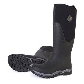 Boots Women's Arctic Sport II Tall Black delivers the same warm ...